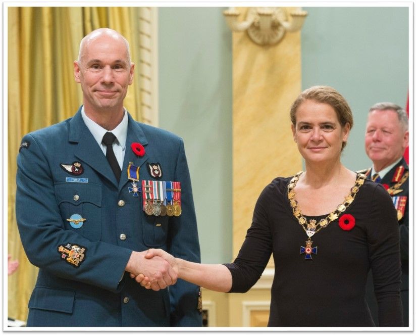 Honours for 443 Sqn Chief Warrant Officer