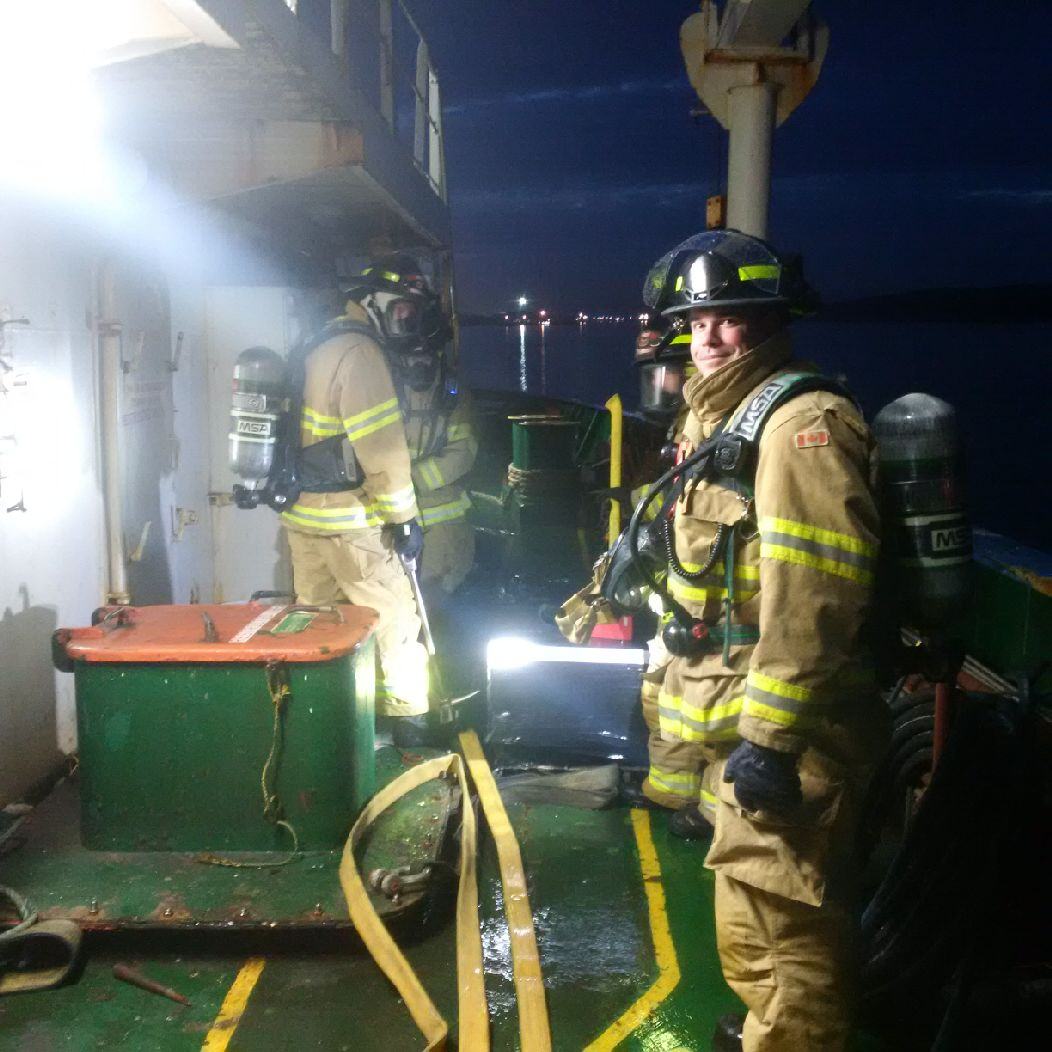 DND Firefighters Assist Civilian Tanker