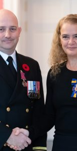 SLt David LeBlanc received the Medal of Bravery on November 5, 2018 at Rideau Hall in Ottawa. L'enseigne de vaisseau de 1re classe David LeBlanc a reçu la Médaille de la bravoure le 5 novembre 2018 à Rideau Hall, à Ottawa.  SGT JOHANIE MAHEU